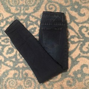 Refuge Dark Denim Jeans (12)